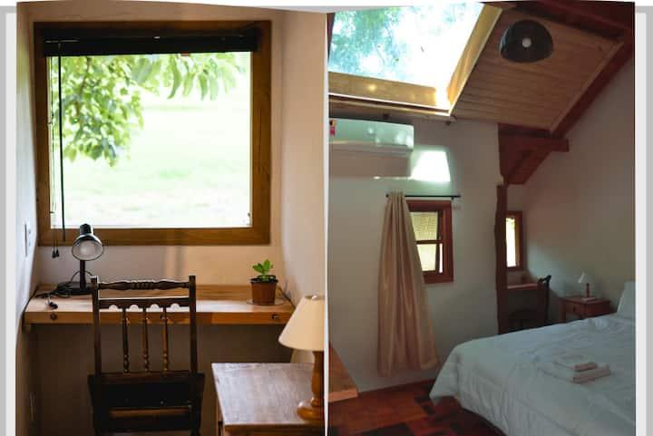Cabana aconchegante com Home Office  na natureza