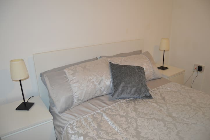 Vauxhall Nest Room 1 - Double Private