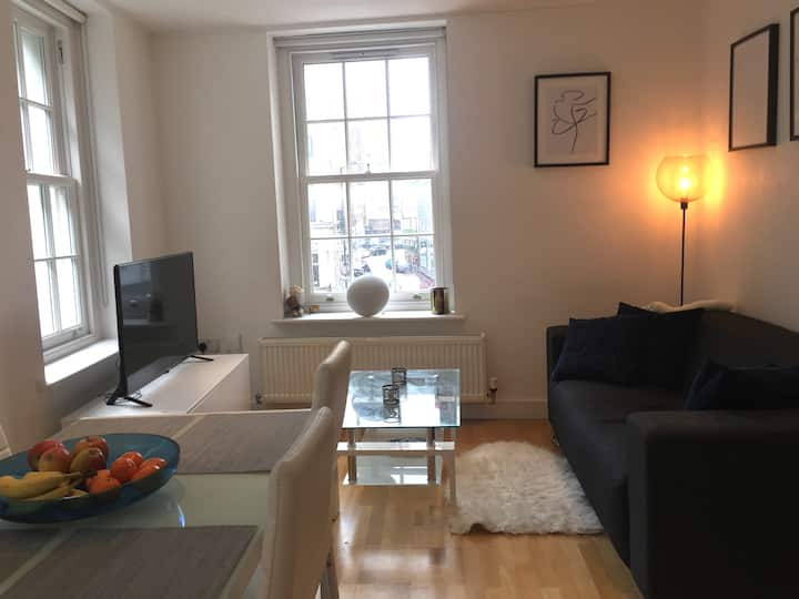 Old Street/Shoreditch, 1 bed room modern flat