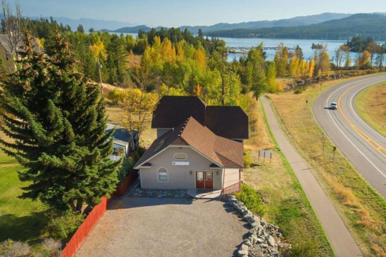 Flathead Lake is seconds away! Kayak, bike, paddle board rentals on property.