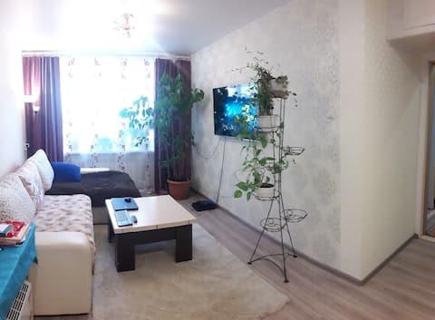 Уютная двухкомнатная квартира на первом этаже