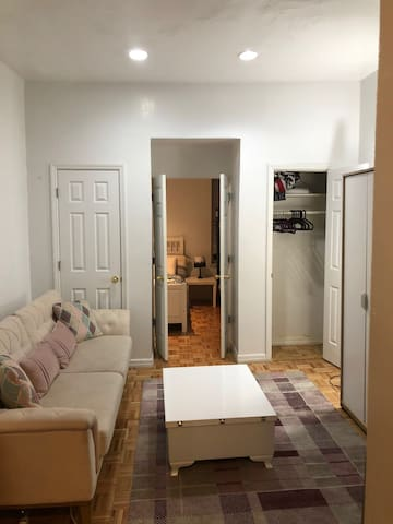 Cozy Shared Room For Female  in Midtown West 1
