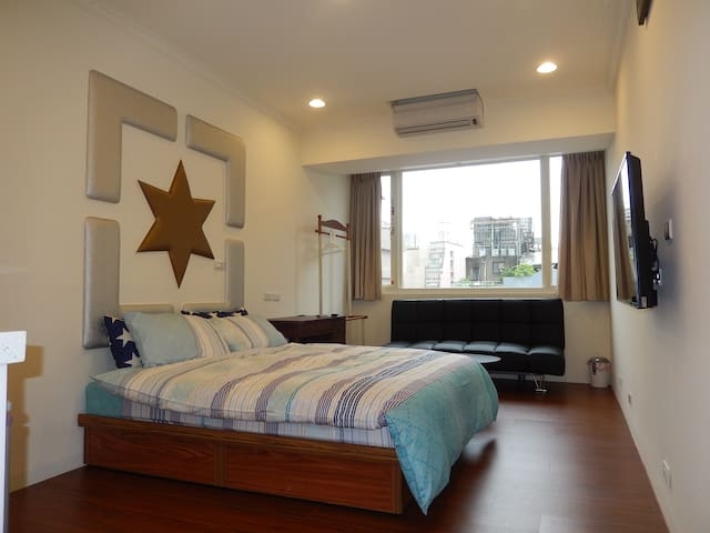 A1 Taipei Main Station 2-3 persons cozy place