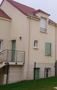 brand new and quiet doubleroom flat - leuville sur orge