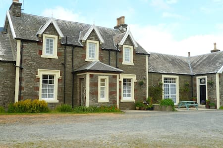 Castlewigg Lodge single occupant - Whithorn