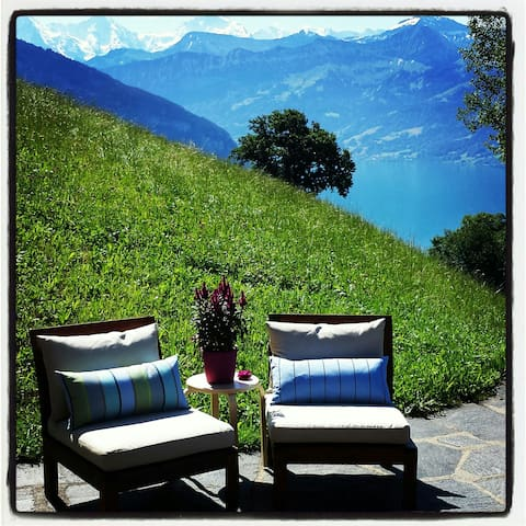 Swiss Alps & Lakes Splendid B&B - Sigriswil - Bed & Breakfast