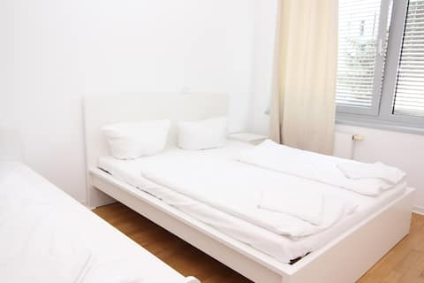 Big Place for 3-4 guests in Center 2Rooms/balcony