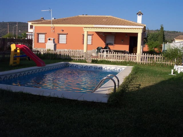 nice  villa  with  swimmingpool. - 阿爾科斯-德拉弗龍特拉(Arcos de la Frontera) - 別墅