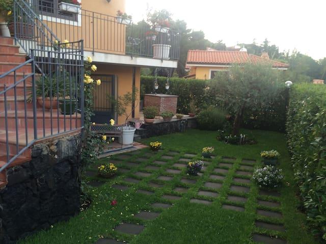 Best appartment in villa near Etna