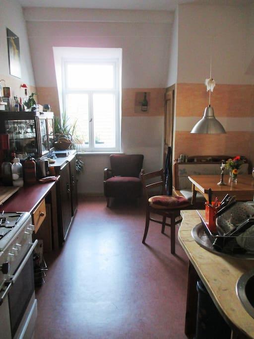 ber den d chern der neustadt szene wohnungen zur miete in dresden sachsen deutschland. Black Bedroom Furniture Sets. Home Design Ideas