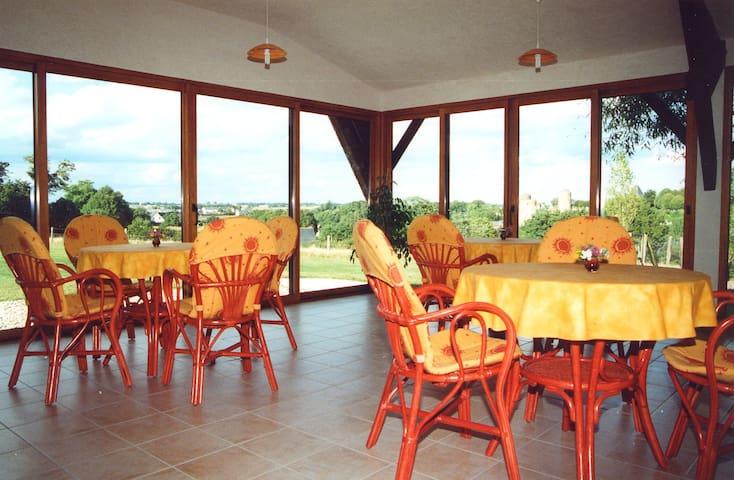 Chambre d'hôtes Le Colombin - Pouancé - Bed & Breakfast