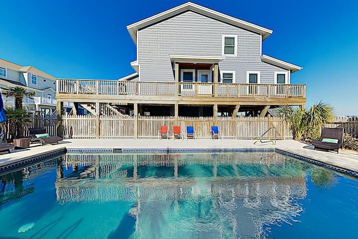 Choice Beach Retreat: Private Pool & Steps to Sand