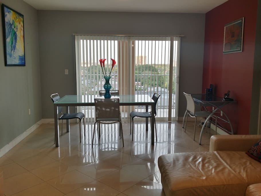 Coral Way 2 Bedroom 4th Flr E04 Apartments For Rent In Miami Florida United States