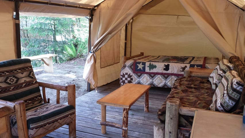 Glamping on the River in Mt Tent - Норт-Бенд - Гестхаус
