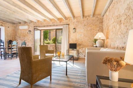 XVI estate nr Palma, ALOE - Palma de Mallorca