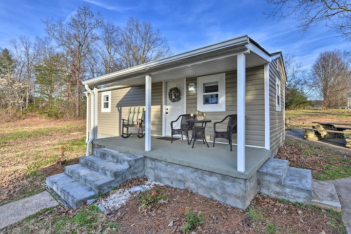 NEW! Six Waterpots Cottage II in Blue Ridge Mtns!