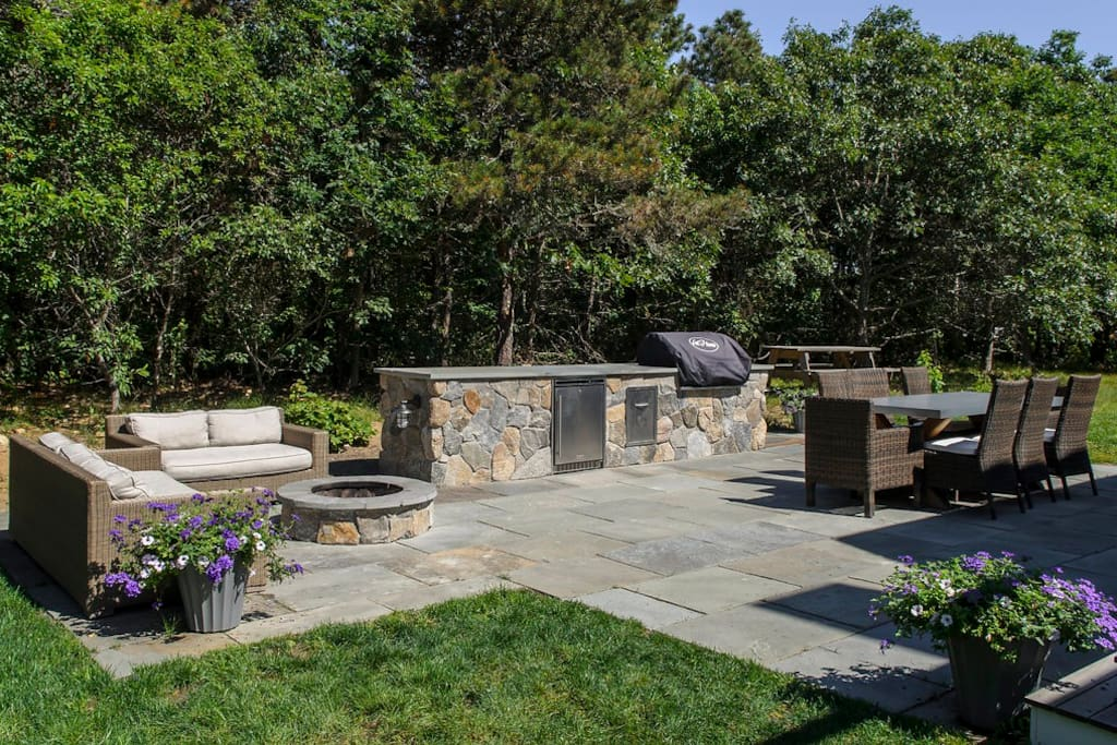 New bluestone patio with outdoor kitchen and firepit (2015).