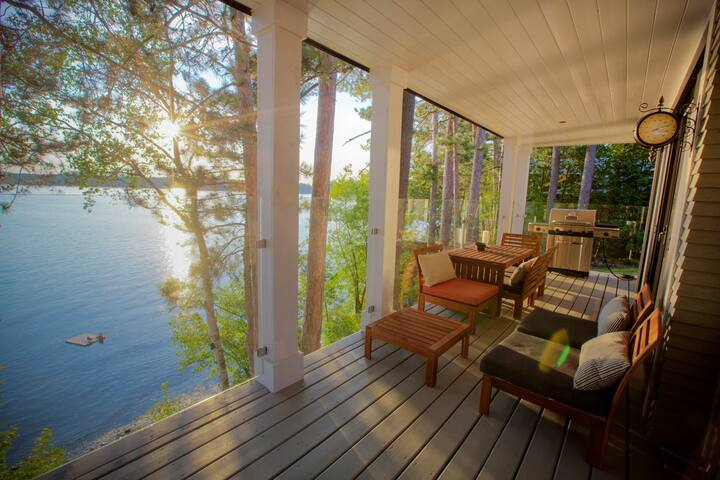 Beautiful Lodge on the lake - Foster - Casa