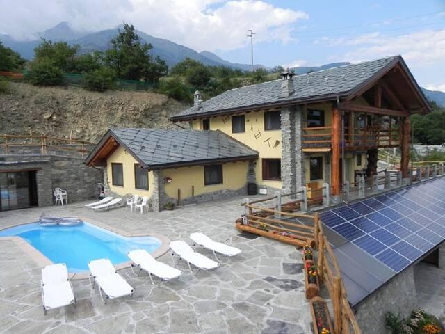 Agriturismo La Viggni de Crest - Aosta - Bed & Breakfast