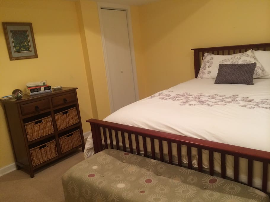 Bedroom with very comfortable queen bed and excellent linens