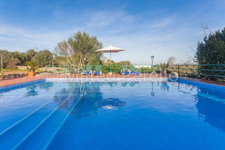 Casa para 8 pers con piscina a 2km de la playa