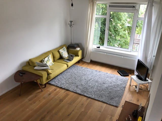 Clean, light and cozy appartment