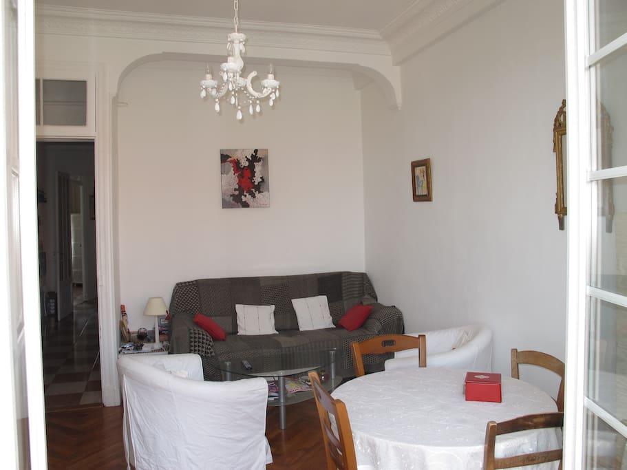 Bel apt nice centre avec terrasse appartements louer - Le bon coin location salon de provence ...