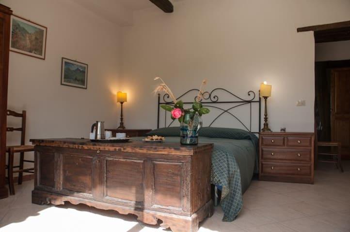 elegant dbleroom,terrace,pool - Collebaldo