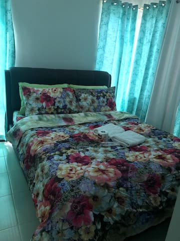 Fritzie's 1Bed Apt Greenfield District SHAW MRT
