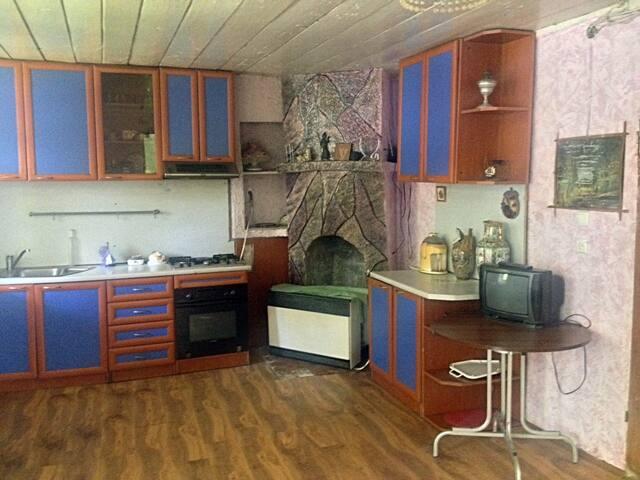Guesthouse EKA, Room B