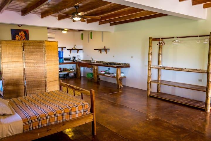 Canoa Suites, South Suite Beach Front