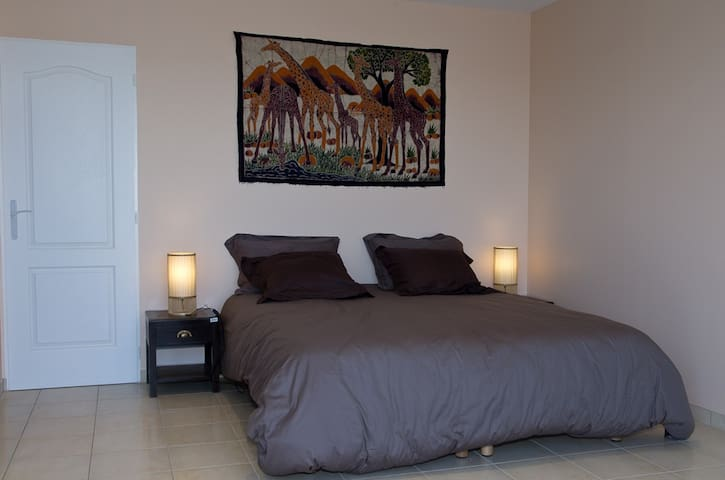 SUITE BURKINA  - Flocourt - Bed & Breakfast