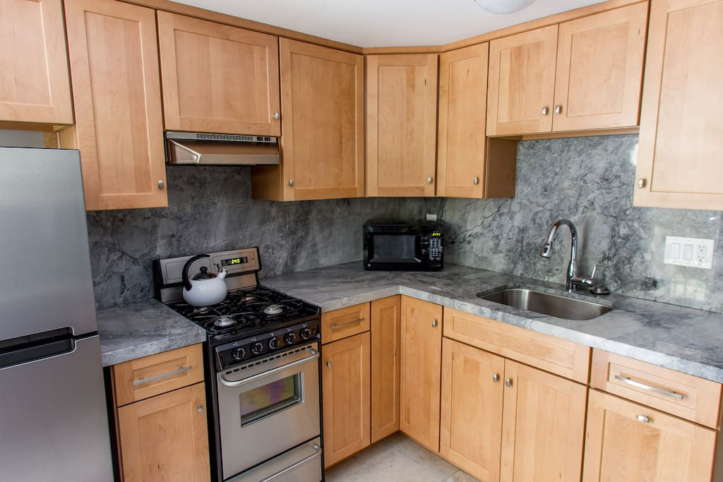 Ample counterspace for food preparation.  Gas Stove!