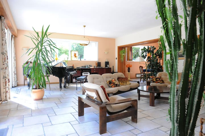 Prince d'Orange Bed & Breakfast - Braine-l'Alleud - Casa