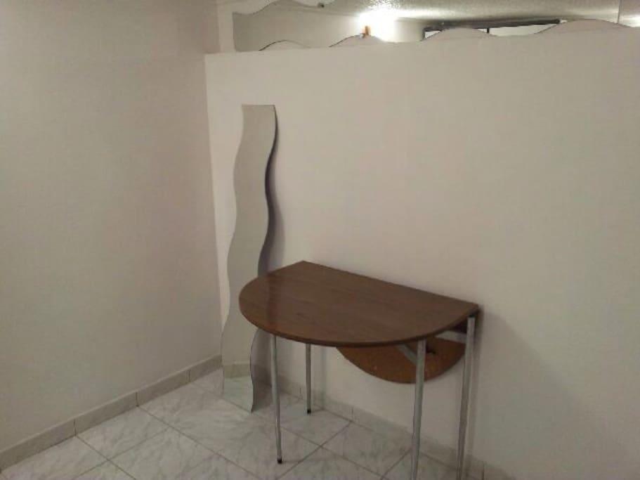 studio issy les moulineaux appartements louer issy les moulineaux le de france france. Black Bedroom Furniture Sets. Home Design Ideas