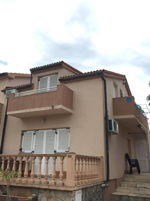 House is fully renovated 2016 year. Every apartment has TV, air conditioner and a terrace.  Pets are allowed.