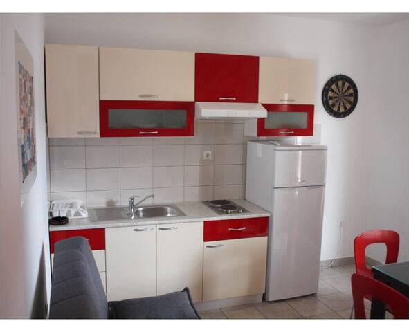 West Apartment - Slatine - Byt