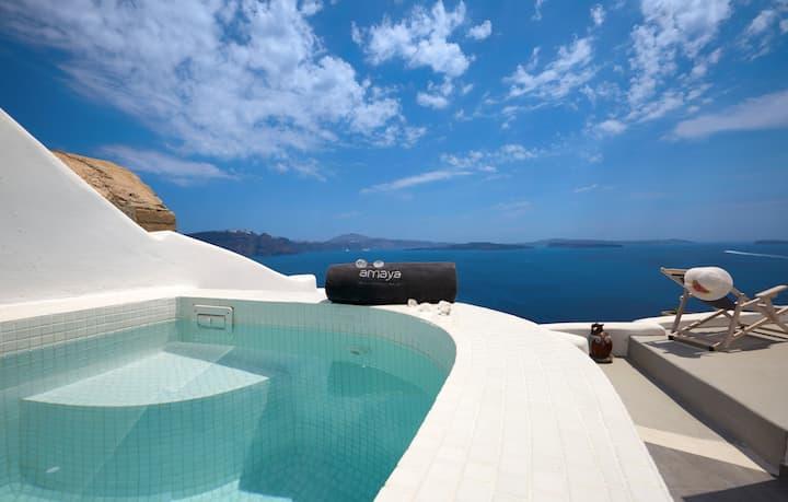 Amaya Castro Villa | Caldera View-Outdoor Hot Tub
