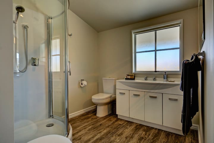Large walk in shower, fully equipped bathroom