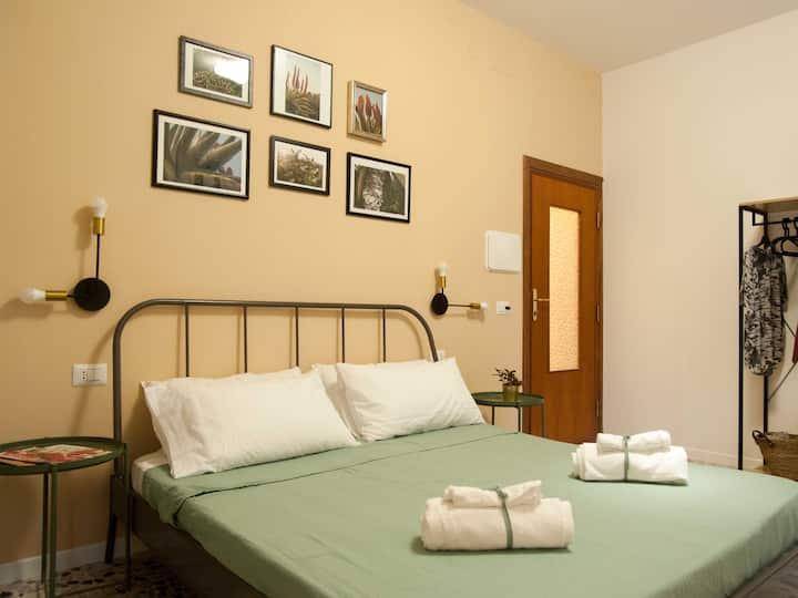 Room 4: balcone e bagno privati, WiFi gratuito