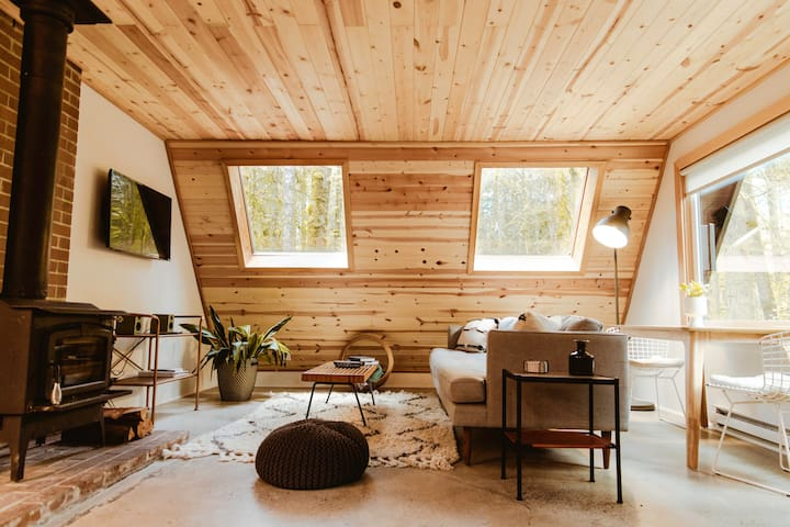 Niksen House: Scandanvian style Cabin at Mt. Hood