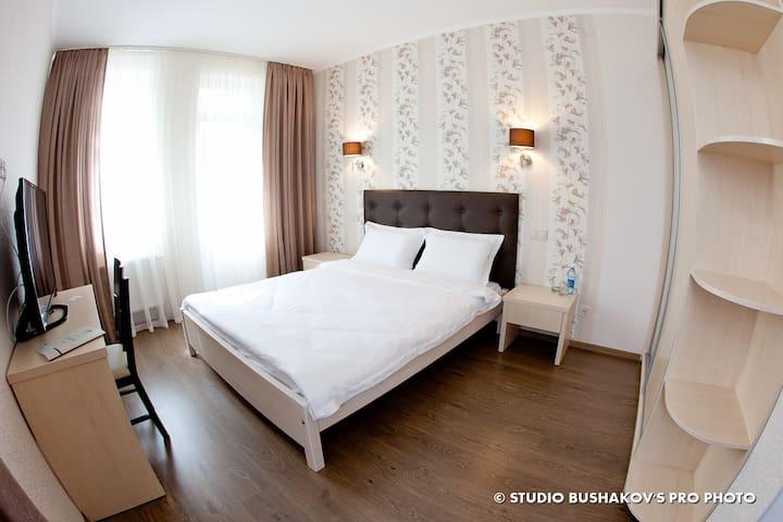 Viktoria Park Hotel - Bucha - Apartamento