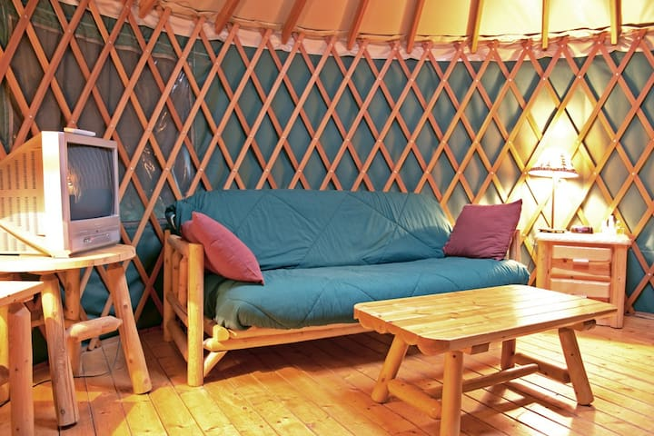 Yurt at Yosemite Pines - Groveland - Yurt