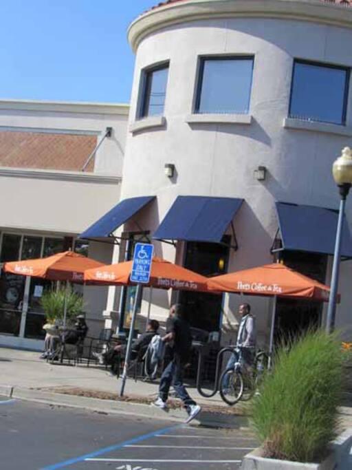 Peets coffeehouse 1 block away.