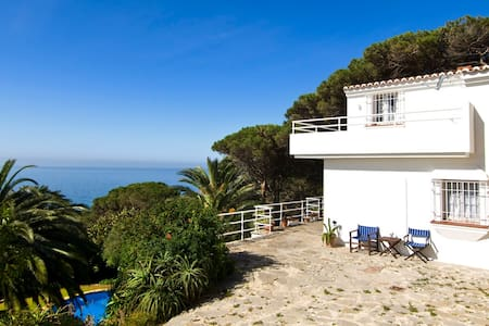 House of the rising sun with amazing sea views - タリファ
