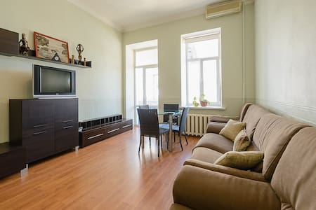 3-room apartment on 5 M. Zhytomirskaya st, ap. 24 - Kiev - Appartement