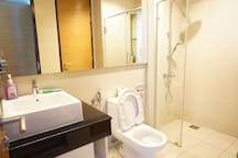 Modern & Clean Room in City Centre