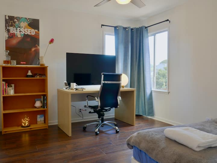 Private room near SFO airport and Biotech hub