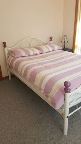 Double room with private bathroom - Shearwater, Tasmania, AU