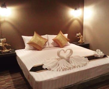 Browny  room A1. in flower  garden - Krabi  town - Wohnung